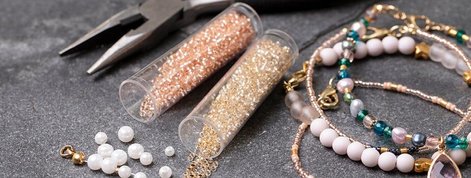 Pärlor och smyckestillverkning