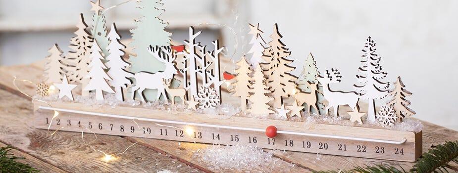 Juldekorationer julljus och kalenderljus
