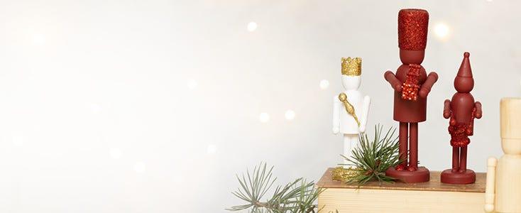 Juldekorationer med nötknäpparen