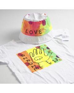 Neon textilfärg på t-shirt och hatt