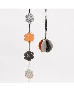 Dekoration, gjord efter skärschablon från Fiskars