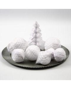 Ornament och snöbollar i dragspelspapper