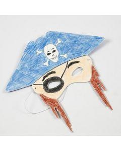 Färgläggning med blyerts på mask av kartong