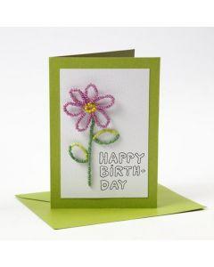 Kort och kuvert från Happy Moments med blomma av rocaipärlor