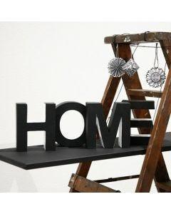 'Home' - målade bokstäver av papp
