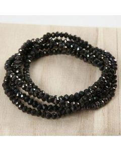 Armband av 5 rader facettpärlor på elastiskt snöre