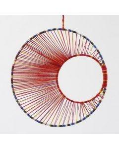 String art - mobil av metallring med garn