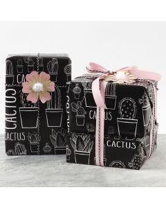 Presentinslagning dekorerad med blommor av kartong