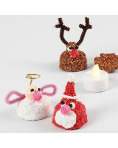 Små julfigurer av Foam Clay med LED värmeljus inuti