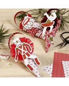 Strutar dekorerade med rosetter och etiketter från nötknäpparens värld