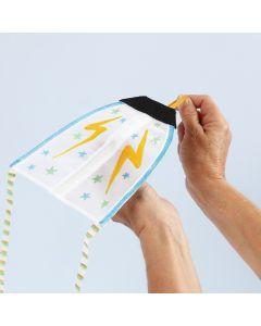 Drakflygare dekorerad med textiltusch