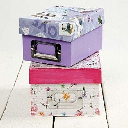 Decoupage på arkivlåda av papp
