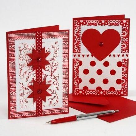 Julkort med dekorationer av handgjort papper
