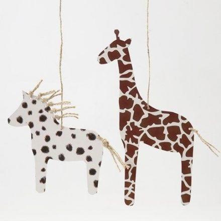 Häst och giraff av kartong med pälsavtryck