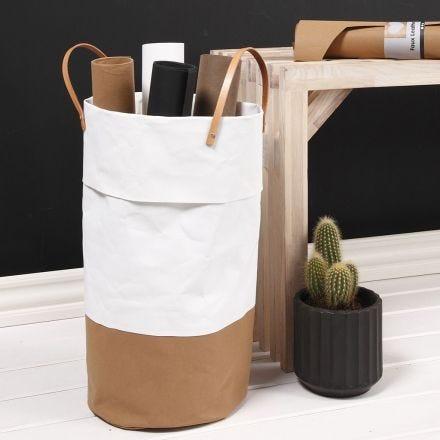 Tvättkorg sydd av läderpapper