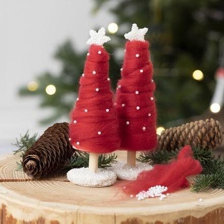 Julgran klädd med XL garn.