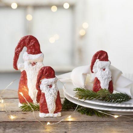 Jultomte av gips på schablon