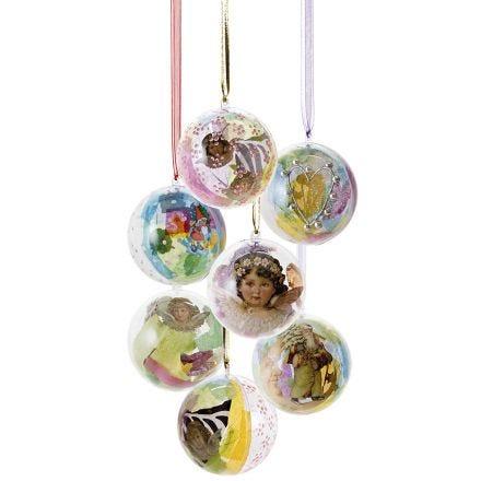 Vackra plastkulor med dekorativt innehåll