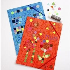 Plastmappar med mosaikdekorationer