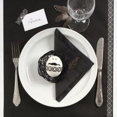 Duka ditt påskbord i svart och vitt