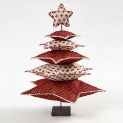 Julgran av filtstjärnor på metallstång med fot