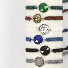Knutna armband med cabochon
