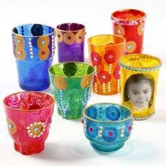 Dekoration på diverse glas till ljus