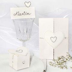Bröllopsdekorationer med rhinestoneshjärtan