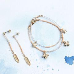 Armband och öronstickare med berlock