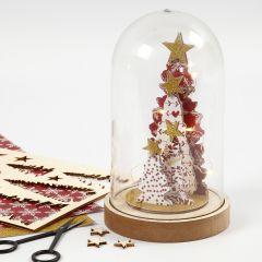Dekorera julkupa med sätt-ihop-själv träfigurer