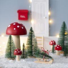 Nissen hämtar sig en julgran