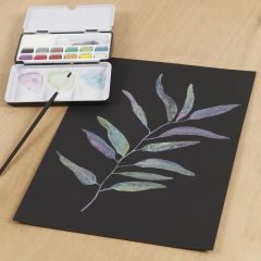 Akvarell på svart akvarellpapper med metallic akvarellfärg