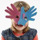 Masker i mossgummi efter händer