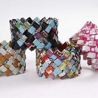 Flätarmband av presentpapper