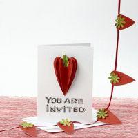 Inbjudningskort, dekorerad med jordgubbar i 3D av strukturpapper