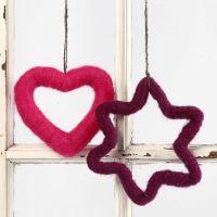 Hjärta och stjärna med nålfiltning