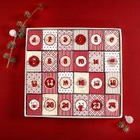 Julkalender av 24 askar med lock