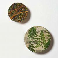 Knopp av trä dekorerad med decoupage