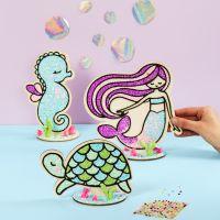 Sköldpadda, sjöjungfru och sjöhäst av trä dekorerad med Foam Clay