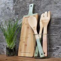 Köksredskap av bambu målade med Plus Color hobbyfärg