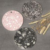 Platta av lera med bubbelteknik