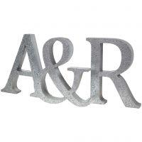Målade initialer med glitter