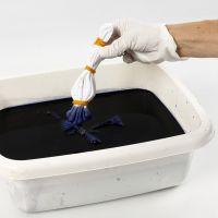 Sådan laver man batikteknik med elastikker